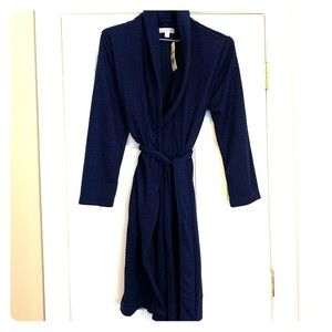 NWT Navy Blue light weight robe. Size Small